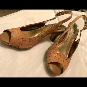 Cork style shoes